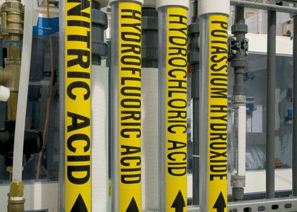 Industrial Directional Pipemarkers